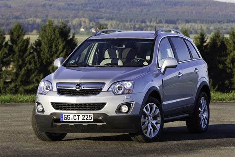Opel Antara by Opel Introduceert Vernieuwde Antara Autoblog Nl