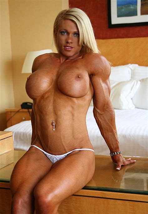 Very Sexy Muscular Blonde With Big Breasts And Ripped Physique