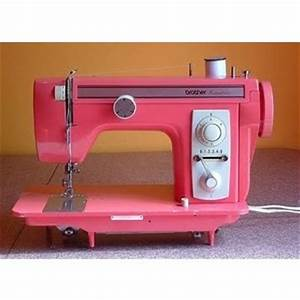 a pink sewing machine. PINK! | Vintage-Sewing Machines ...