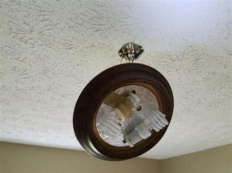 outlet box suitable   ceiling fan