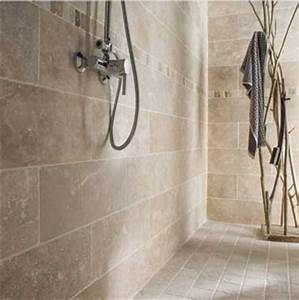 quel carrelage salle de bain choisir sans faire d39erreur With carrelage en pierre naturelle salle de bain