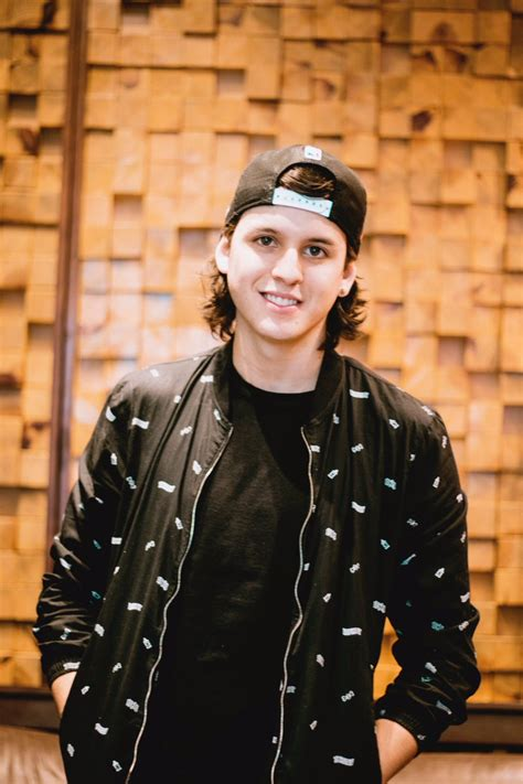 Christopher Velez (@christophervele) Twitter
