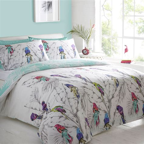 Home Collection Basics White 'parrots' Bed Linen From
