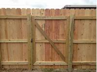 how to build a wooden gate DIY Wood Privacy Fence with Accent Lighting | Hammer & Moxie
