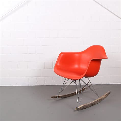 vitra charles eames rocking chair rar orange dekaden