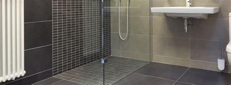 17736 choosing bathroom floor tile 10 tips on choosing bathroom tiles 17736