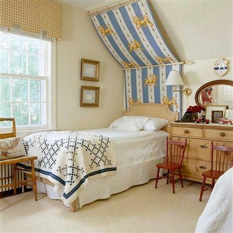 Schlafzimmer Mit Dachschräge by Schlafzimmer Mit Dachschr 228 Ge Betthimmel Kinderzimmer