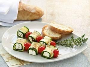 Party Snacks Vegetarisch : zucchini kaese spiesse rezept gartenparty pinterest rezepte grillen rezepte und ~ Watch28wear.com Haus und Dekorationen
