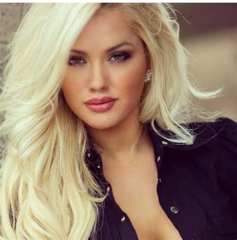 Blonde Busty Gorgeous Porn Galleries