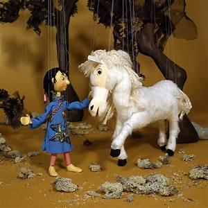 So Und So : so hi und das wei e pferd b hne 1981 die zauberhaften welten der augsburger puppenkiste ~ Orissabook.com Haus und Dekorationen