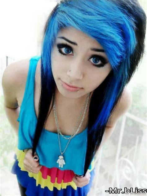 stunning long emo hairstyles  girls   blurmark