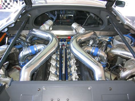 Bugatti Veyron Engine Turbo by Bugatti Eb110 Engine Specs Wallpaper 1024x768 5052