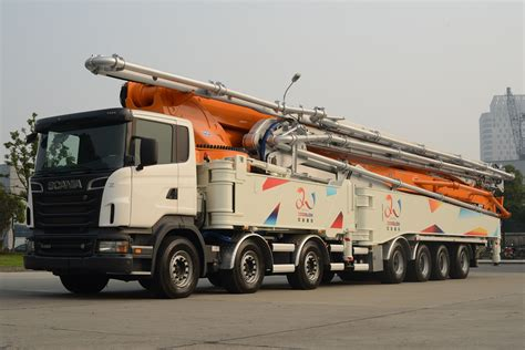 The world's tallest concrete pump put Scania in the ...