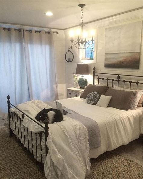 gorgeous farmhouse master bedroom decorating ideas bedding master bedroom farmhouse master
