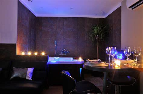 hotel chambre avec privatif louer appartement romantique à manduel pour deux avec