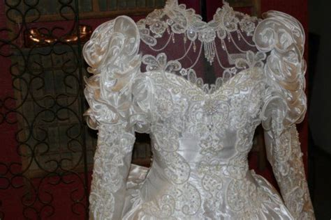 90 Best 80s And 90s Wedding Dresses Images On Pinterest