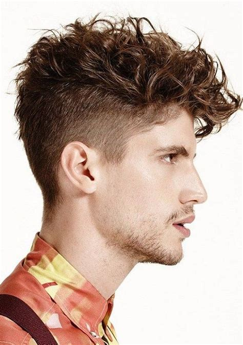 Cool Hairstyles For Wavy Hair by 25 Wavy Haircuts For Mens 2018 S Haircuts 2018