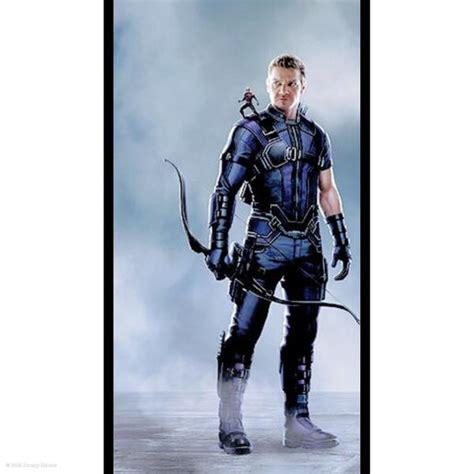 Jeremy Renner Shows Off New Hawkeye Costume Civil War