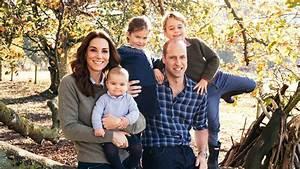 Royal Christmas cards: Harry, Meghan's wedding pic; Prince ...