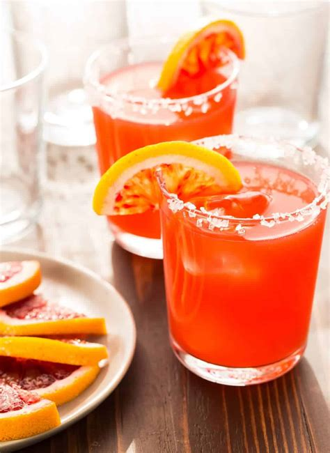7 Flavorful Recipes for Fresh Margaritas on the Rocks ...