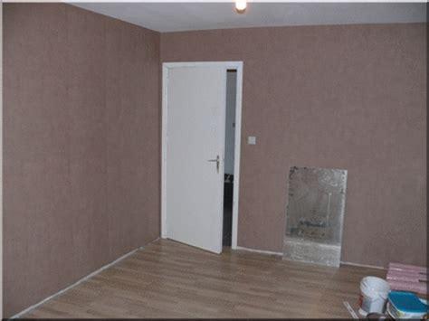 bureau pose tapisserie et peinture des plafonds noswerewolf