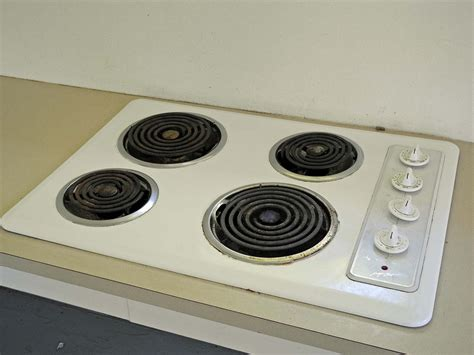 Installing Electric Cooktop