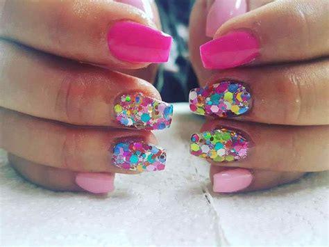 Mira algunos diseños de uñas acrilicas que te encantaran, llenos de colores y formas que te dejaran con ganas de probártelas ya. UÑAS ACRÍLICAS 2020 【TODO lo que necesitas saber】