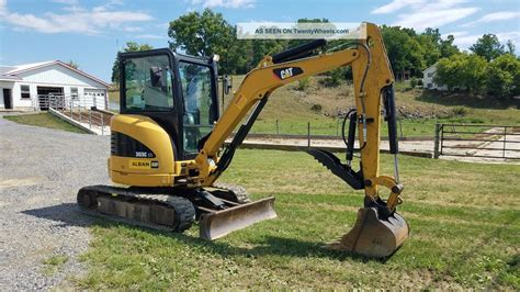 caterpillar  cr mini  hydraulic thumb excavator diesel track hoe cab