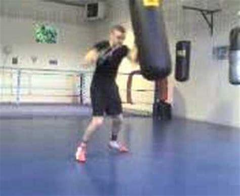 salle de boxe entrainement de boxe en salle sur sac