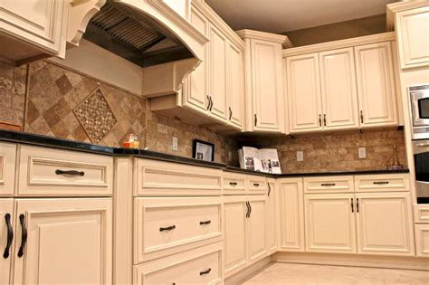 armstrong kitchen cabinets reviews kitchen set up your kitchen with excellent fabuwood 4180