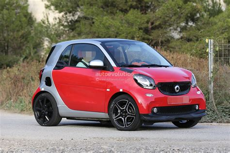 Spyshots 2018 Smart Fortwo Brabus Looks Hot Autoevolution