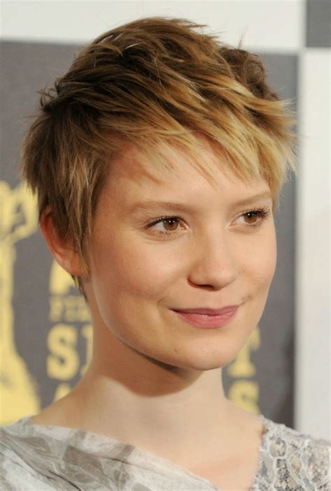 Trend Hairstyles 2015: New Pixie Haircuts For Older Women 2015