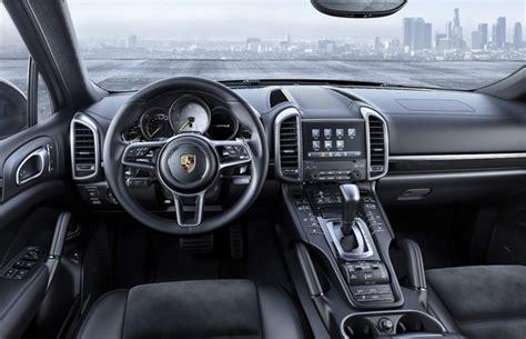 Porsche Apresenta Versão Especial Cayenne Platinum Edition