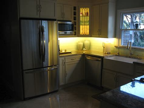Kitchen Cabinet Lighting Ideas Home Kitchen
