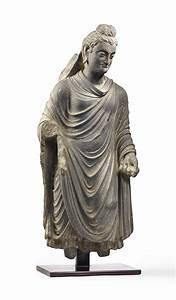 Statue De Bouddha : rare statue de bouddha shakyamuni en schiste gris ancienne region du gandhara iieme iiieme ~ Teatrodelosmanantiales.com Idées de Décoration