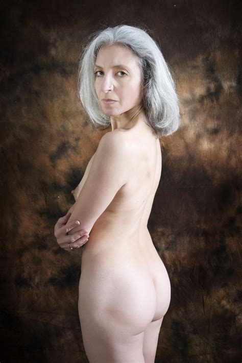 Alex Crop In Gallery Beautiful Mature Model Alexandra B Nude At Last Picture