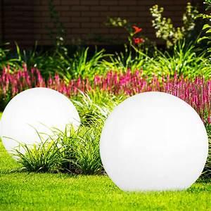 Led Gartenlampen Außenbereich : vier solarleuchten zur dekoration f r ihren au enbereich ~ Frokenaadalensverden.com Haus und Dekorationen