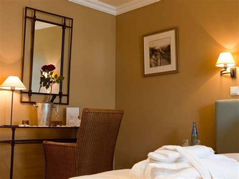 chambre au ch 226 teau d 233 couvrez nos chambres romantiques