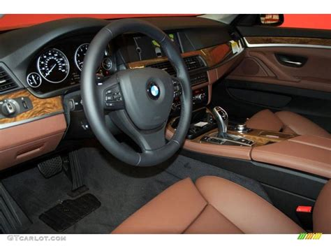 Cinnamon Brown Interior 2018 Bmw 5 Series 528i Sedan Photo