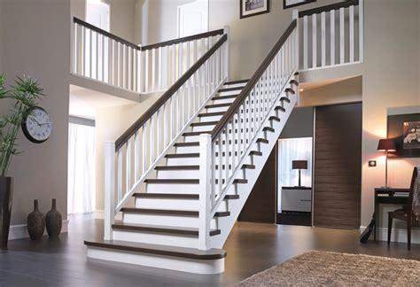 cuisine blanc et noir decoration escalier interieur bois