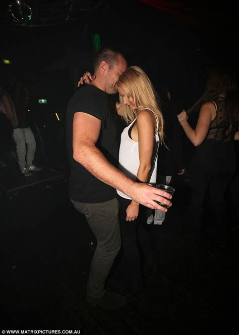 hit the floor bachelor the bachelor s leah costa cosies up to a mystery hunk daily mail online
