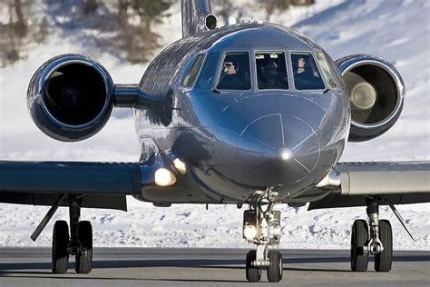 Privāto lidmašīnu Falcon noma Latvijā - Rīga