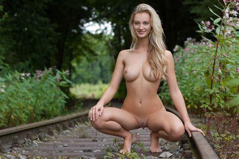 Wallpaper Carisha Blonde Hot Nude Naked Sexy Cute