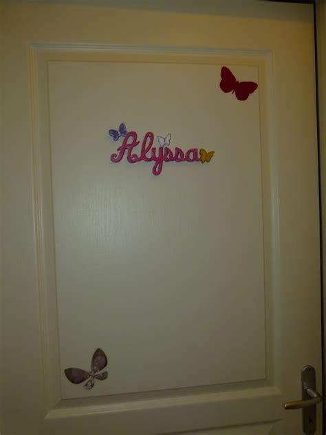 lettre prenom chambre lettres attachées papillon prénoms en bois décoration