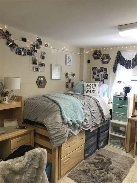 pin  madeline hernandez  dorm room college dorm room