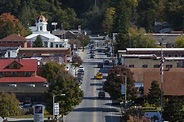 The 15 Best North Carolina Towns to Visit This Fall ...