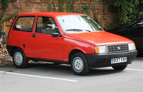 File:Lancia Y10 red.jpg - Wikimedia Commons