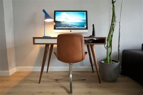 Neuer Schreibtisch, Alter Imac  Hardware Galerie