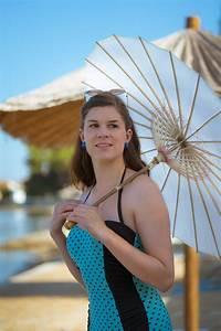 Sonnenschirm Asia Style : bademode die punktet ein blauer retro badeanzug von banned apparel ~ Frokenaadalensverden.com Haus und Dekorationen
