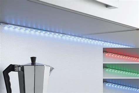 eclairage led cuisine plan de travail eclairage led cuisine installer un clairage meuble de